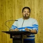 ''ரஹ்மான் பாடல்களுக்கு ஸ்பெஷல் ரிப்பீட் மோட் பட்டன் இருக்கு!'' - இசையமைப்பாளர் ஜிப்ரான்