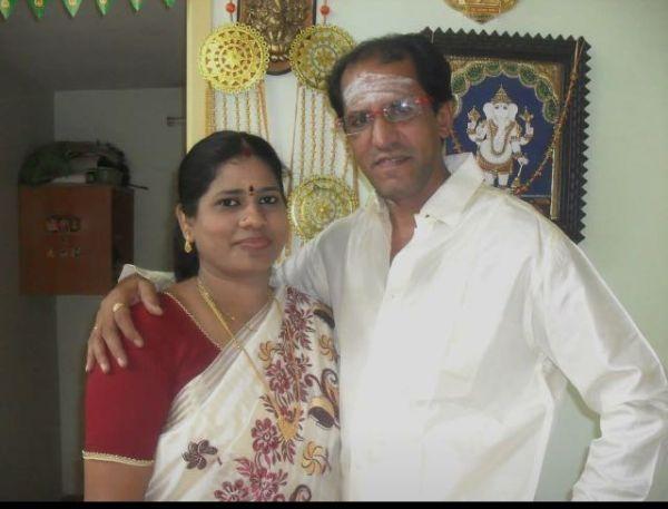 மனைவியுடன் வையாபுரி