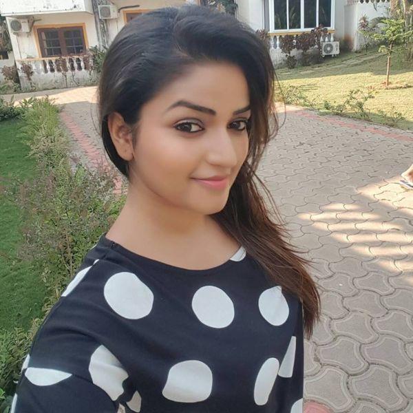'நந்தினி'  நித்யா