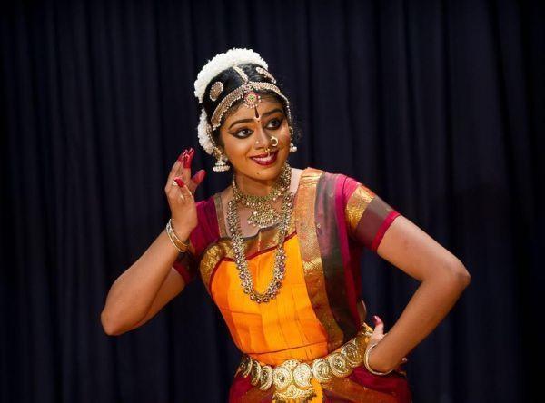 கிருத்திகா சுரஜித்