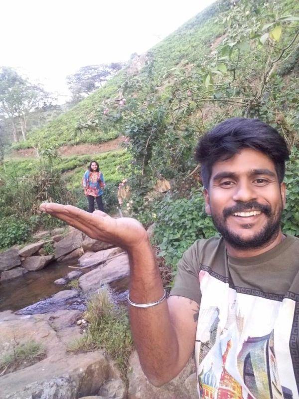 கணவருடன் ஷமிதா
