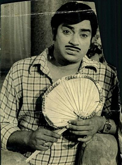 எம்.ஜி.ஆர், தேங்காய் சீனிவாசன்