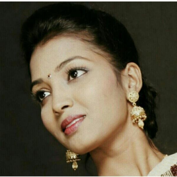 ஜனனி சடகோபன்