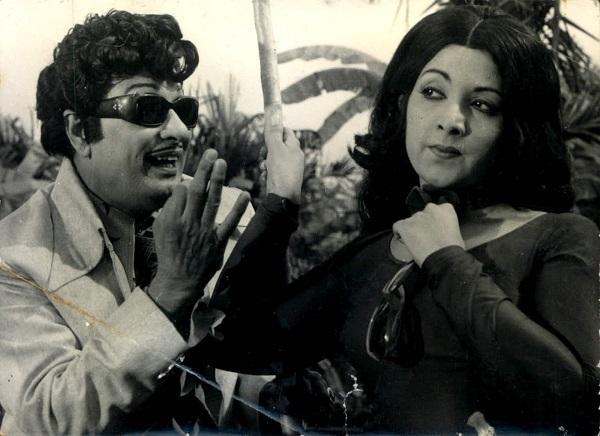 எம்.ஜி.ஆர் - லதா