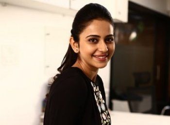 ''7ஜி ரெயின்போ காலனி அனிதாவா ஏன் நடிக்க முடியாதுனு சொன்னேன் தெரியுமா?''- ரகுல்ப்ரீத் சிங் #VikatanExclusive
