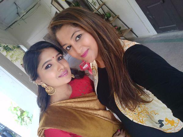 காயத்ரி - ரேகா குமார்
