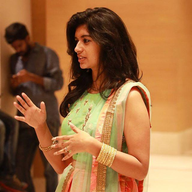 எருமை சாணி ஹரிஜா