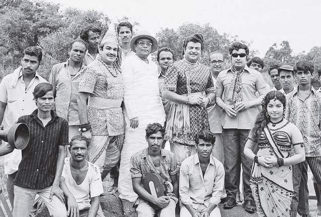 எஸ்.ஏ. அஷோகன், ஜெமினி கணேசன்,  எம்.ஜி.ஆர் , ஜெயலலிதா
