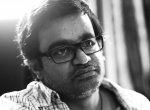"""""""காதல் இல்லை, காமம் இல்லை... உங்கள்மேல் உள்ள அன்புக்குப் பெயரில்லை செல்வா!"""" -  #HBDSelvaraghavan"""
