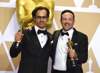 படமாக்க நினைத்தது ஒன்று... ஆனால் நடந்தது வேறு..! - ஆஸ்கர் விருது பெற்ற `இகரஸ்' ஆவணப்படம் எப்படி?