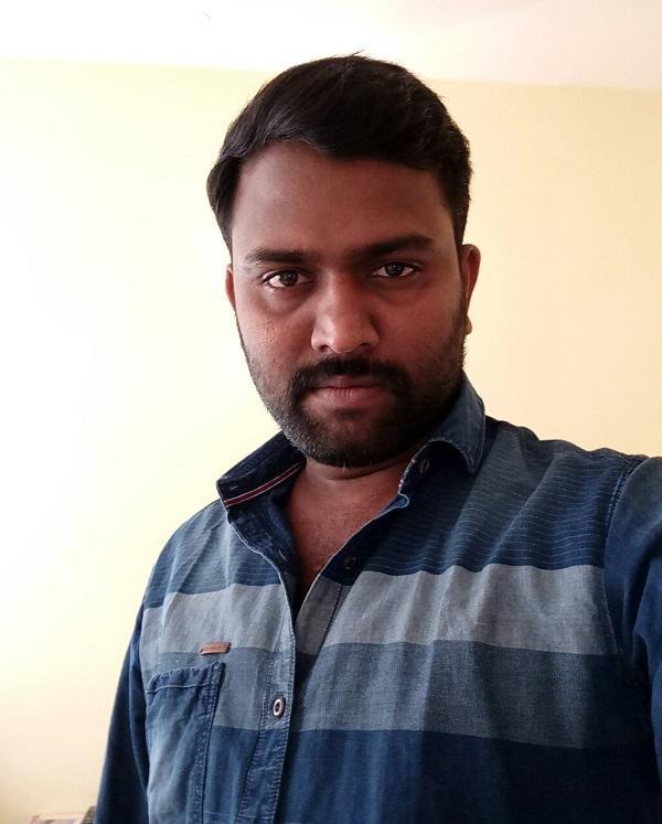 இயக்குநர் பிரகாஷ்