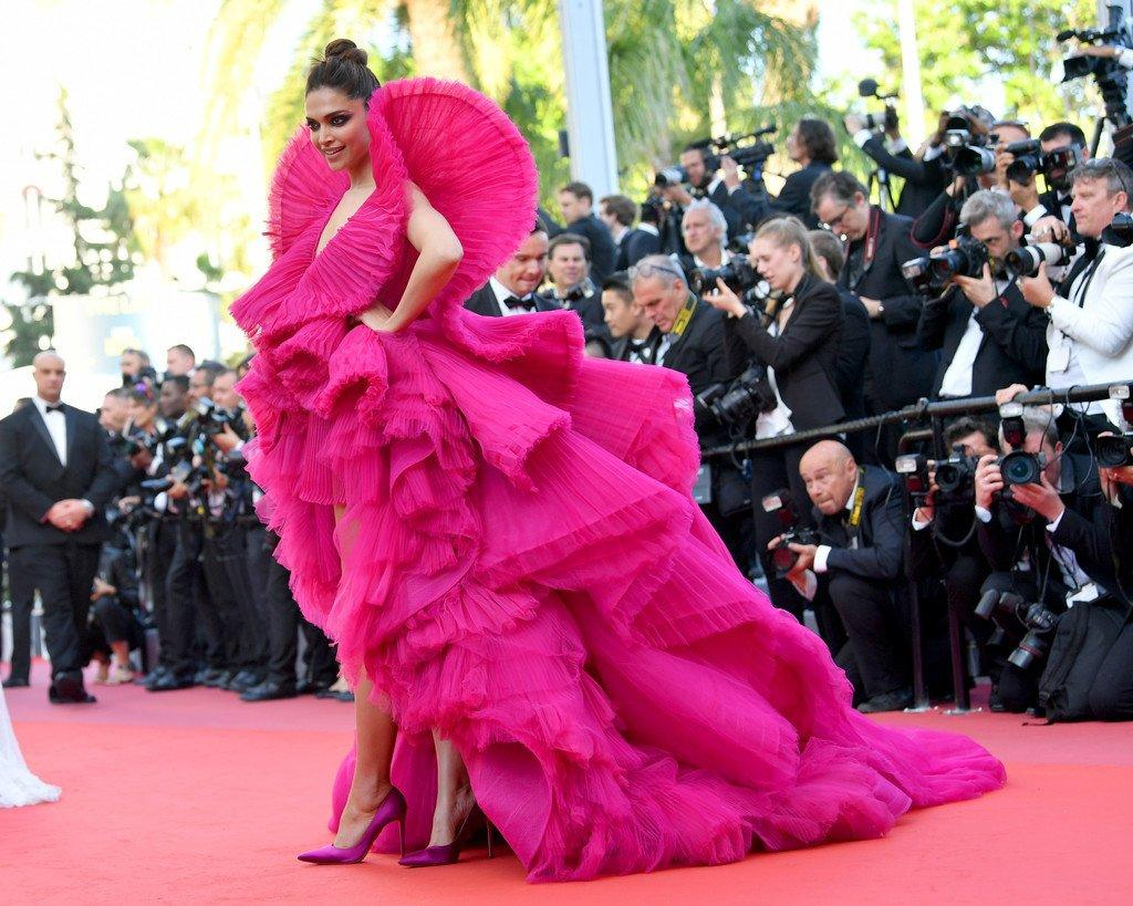 Deepika Cannes RedCarpet