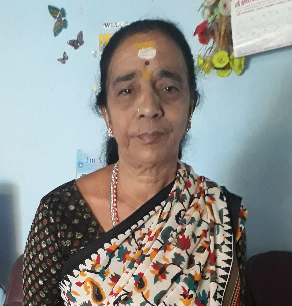 பாலாஜியின் அம்மா மீனா