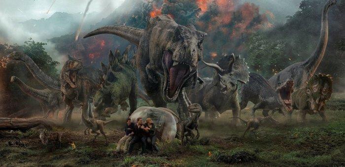 பழைய கதை, பழைய ஃபார்முலா... ஆனாலும், விரட்டி மிரட்டுகின்றன டைனோசர்கள்! #JurassicWorldFallenKingdom