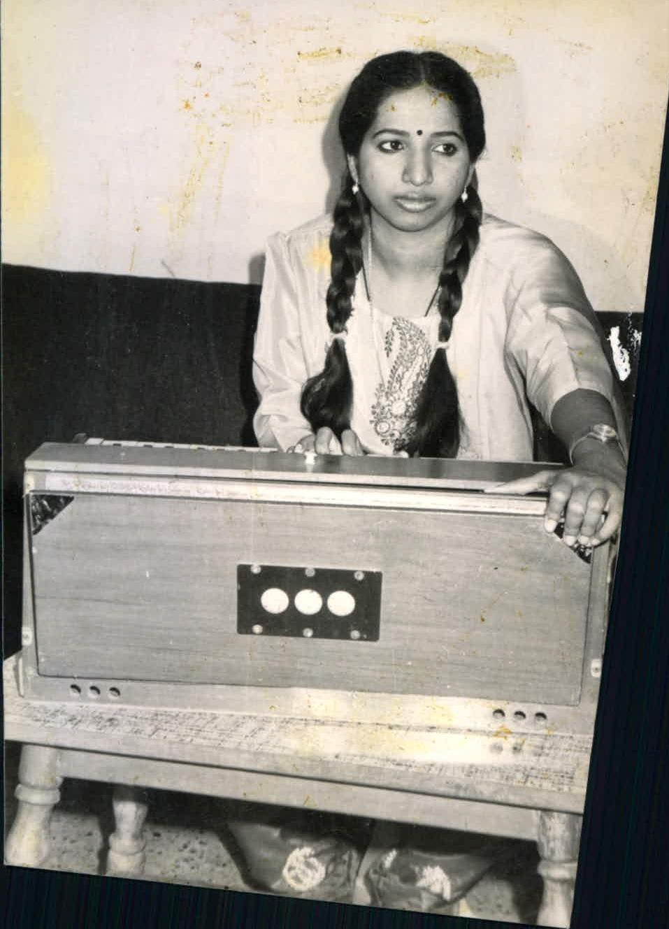 சொர்ணலதா