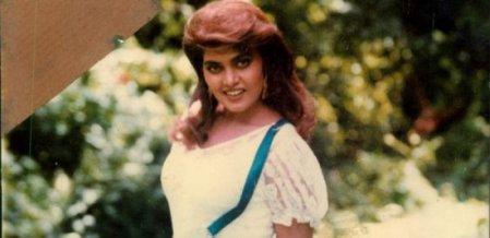 ``அனு என் வீட்டுக்கு வர்றியாடி?!'' - சில்க் ஸ்மிதாவின் இறுதி போன்காலும் நடிகை அனுராதாவின் கலக்கமும் #VikatanExclusive