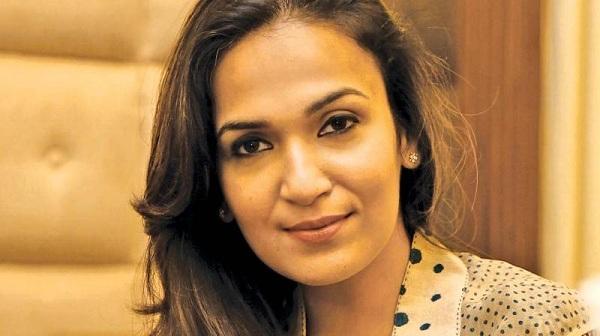 செந்தர்யா ரஜினிகாந்த்