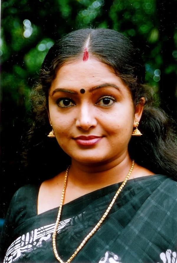 காயத்ரி பிரியா