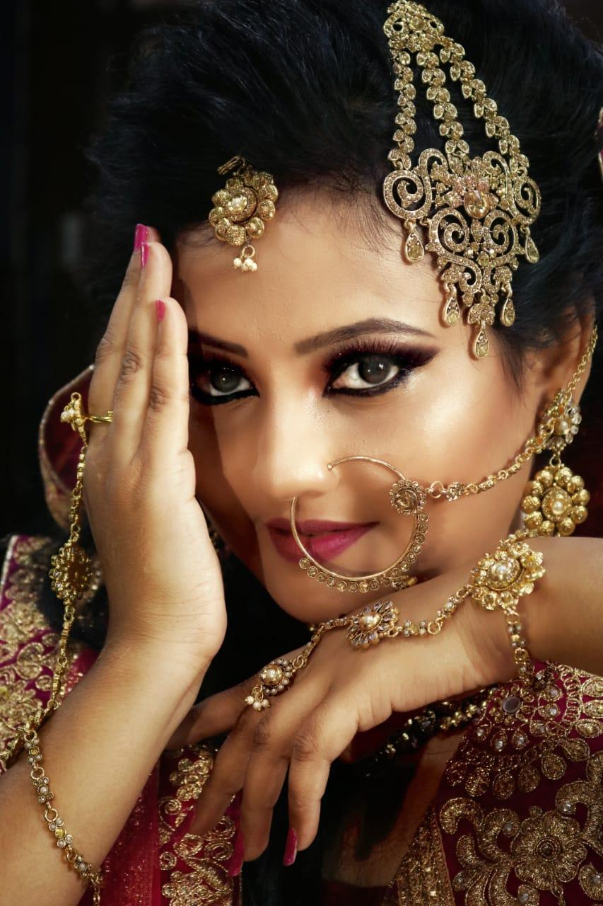 நாயகி செளமியா