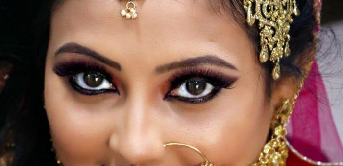 ``என் காதலுக்கு ரெட் சிக்னல்தான் விழுந்திருக்கு... க்ரீன் மாறும்னு நம்புறேன்!'' - `நாயகி' செளமியா