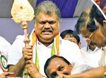 """""""ஜி.கே.வாசனுடன் இணையுங்கள்!"""" - ரஜினி, கமல், விஜய்க்கு அழைப்பு"""