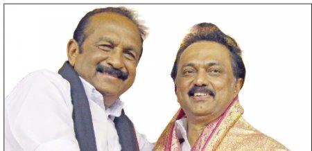"""மிஸ்டர் கழுகு: """"ஸ்டாலின் முதல்வராக வரட்டும்!"""" - ரஜினி, கமலை சீண்டிய வைகோ"""