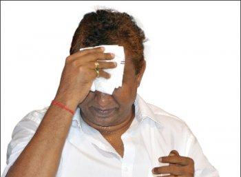 வேட்டையாடி விளையாடினாரா வேலுமணி?
