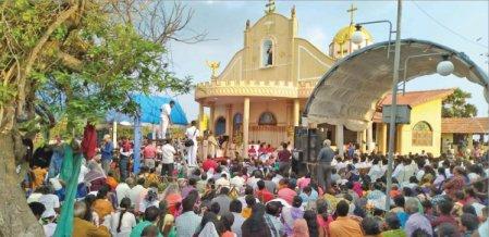 சிங்களத்தில் வழிபாடு, தமிழர்களுக்கு கஞ்சா போதை!