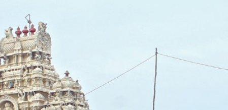 முருகனின் வாகனத்துக்கு வந்த சோதனை! - சந்திக்குவரும் திருச்செந்தூர் கோயில் விவகாரம்