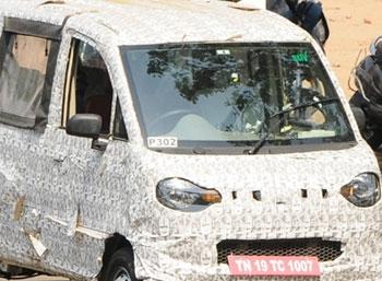 SPY PHOTO - ரகசிய கேமரா!- டெஸ்ட்டிங்கில் ஜீத்தோ பாசஞ்சர்  வேன்!