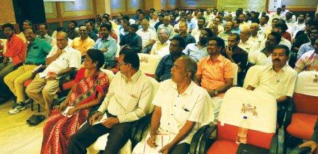 தர்மபுரியில் விழிப்பு உணர்வு நிகழ்ச்சி... திரண்டுவந்த ஃபண்ட் முதலீட்டாளர்கள்!