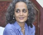 அண்ணா கவரேஜ் கூட ஸ்பான்ஸர்ஷிப்தான்! - அனல் கக்கும் அருந்ததி ராய்