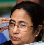 டெல்லி போராட்டம்: மம்தா பானர்ஜி மீது தாக்குதல் நடத்திய 6 பேர் கைது!