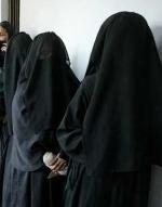 முஸ்லிம் பெண்கள் பர்தா அணிந்து வாக்களிக்க அனுமதியில்லை: இலங்கை