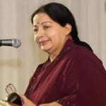 மாணவர்கள் சமூக நோக்கத்துடன் செயல்பட வேண்டும்: ஜெயலலிதா அறிவுரை