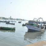 ராமேஸ்வரம் மீனவர்கள் மீது இலங்கை கடற்படை மீண்டும் தாக்குதல்!