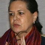 பா.ஜ.க.விடம் மக்கள் எச்சரிக்கையாக இருக்க வேண்டும்: சோனியா