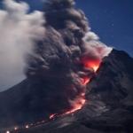 இந்தோனேசியாவில் எரிமலை வெடித்து 14 பேர் பலி!