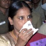 நளினியை பரோலில் விட முடியாது: ஐகோர்ட்டில் தமிழக அரசு பதில்