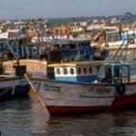 தமிழக மீனவர்கள் 32 பேர் சிறைபிடிப்பு: இலங்கை கடற்படை மீண்டும் அட்டூழியம்!