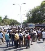 சென்னையில் ஓடும் பேருந்தில் கல்லூரி மாணவர்கள் மோதல்!