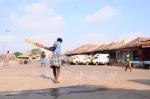 கோயம்பேடு மார்க்கெட் கிரிக்கெட் மைதானமாக மாறியது: ஆல்பம்