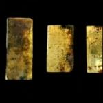 கடலில் மூழ்கிய கப்பலில் இருந்து ரூ.7.8 கோடி தங்கம் கண்டெடுப்பு (படங்கள்)