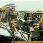 தெலங்கானா:  பள்ளி பேருந்து மீது ரயில் மோதி 17 மாணவர்கள் பலி!