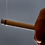 பீடி, சிகரெட்டுக்கு தடை விதிக்கக்கோரிய வழக்கு: மத்திய, மாநில அரசுகளுக்கு நோட்டீஸ்!
