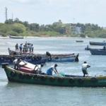 புதுக்கோட்டை மீனவர்கள் 4 பேர் இலங்கை கடற்படையால் சிறைபிடிப்பு!