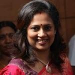 லஷ்மி ராமகிருஷ்ணனின் அடுத்த ரிலீஸ் 'நெருங்கி வா... முத்தமிடாதே..!'