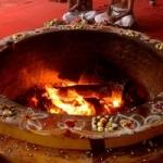 11000 வில்வ பழங்கள், 11000 தாமரைகள் கொண்டு மகா யாகம்!