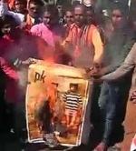 'பிகே' திரைப்படம் ஓடும் தியேட்டர்கள் மீது பஜ்ரங் தள்  தாக்குதல்!