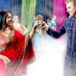சினிமா ஆசை யாரை விட்டது... டூயட் பாடுகிறார் ஆஸ்திரேலிய கிரிக்கெட் வீரர்!
